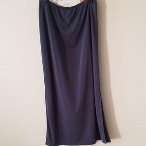 Amanda Smith Maxi Skirt - Medium
